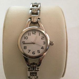 Accessories - Vintage Silver Toned Bracelet Watch